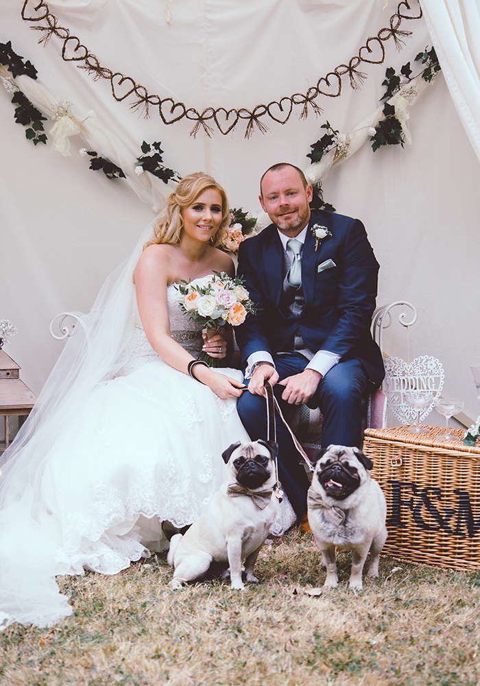 While an outdoor wedding in the UK usually comes with a rainy back up plan, Grace and James enjoyed blazing sunshine for their vintage big day...