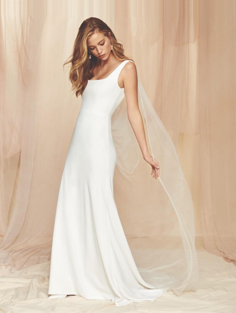 square-neck-wedding-dresses-new-york
