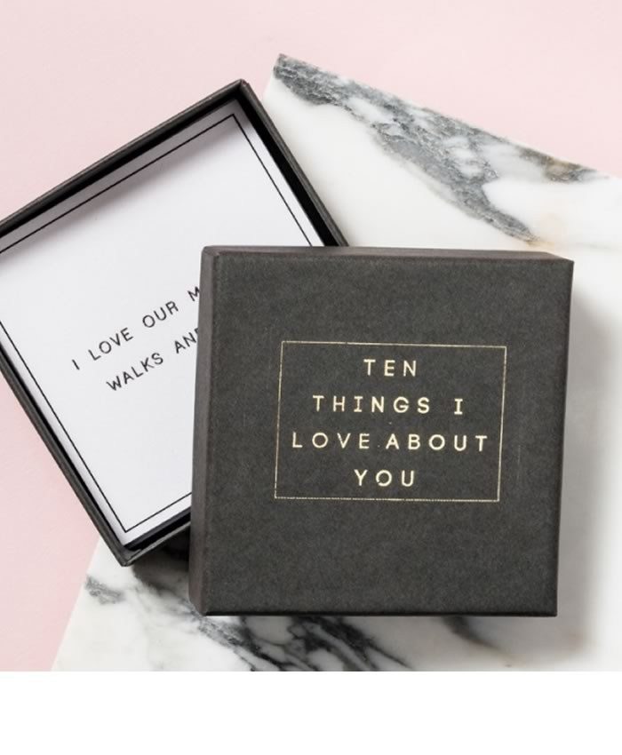 His and hers gifts: 10 Things I Love About You Message Box