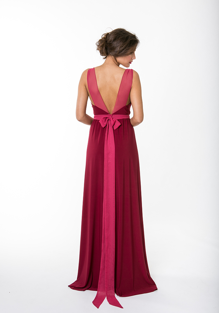 Burgundy bridesmaid dresses lend a rich and romantic style to your bridal party, perfect for any autumn or winter wedding in a country house or barn...