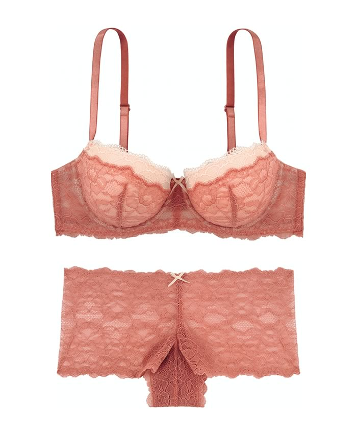 His and hers gifts: Dorina Coral Set