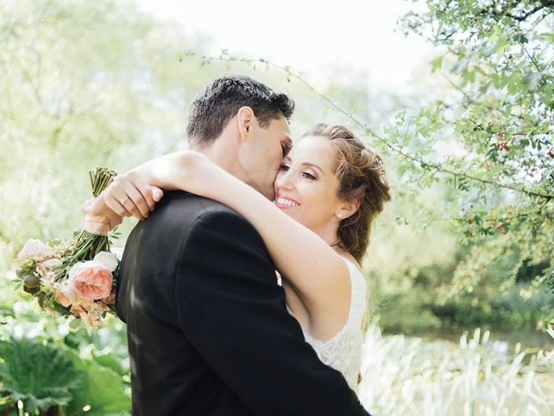 Win A Full Wedding Photography Package With Liberty Pearl Photography Worth Up To £1,895