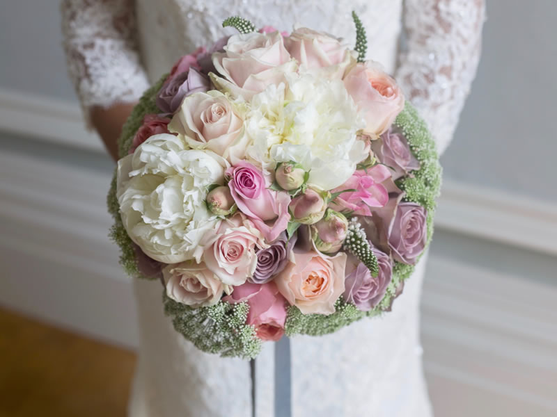 WIN A Wedding Flower Package By Lydie Dalton Worth £850!