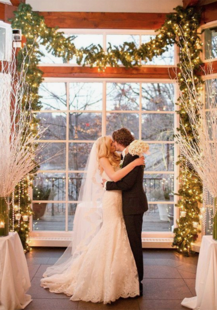 Christmas Wedding Ideas Planning The Most Magical Winter