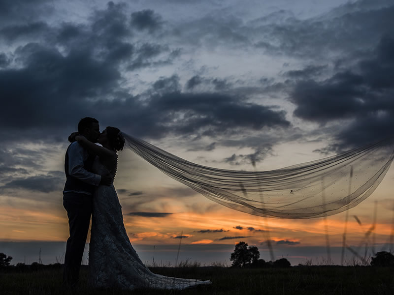 Wright Wedding Photography - The advantages of having a bridal veil...