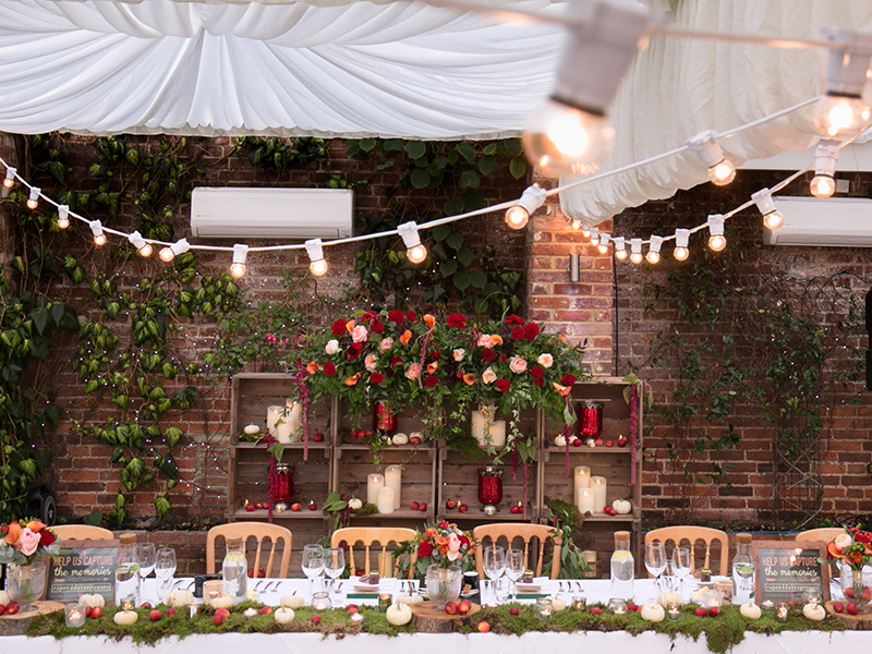 This peach and red rustic wedding will give you tons of inspiration for a romantic autumn wedding of your own, with unique ideas that will wow your guests