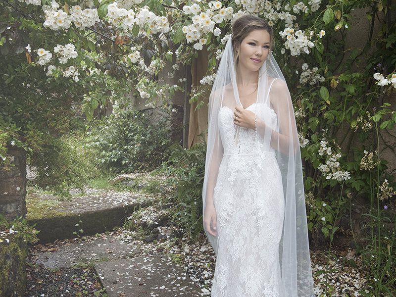 Joyce Jackson_Alice Springs Veil_from £465_Available from www.rainbowclub.co.uk
