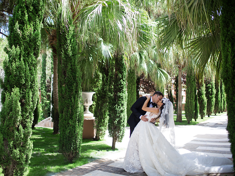 Pronovias Real Wedding Inspiration: This Glamorous Couple Married In Marbella!