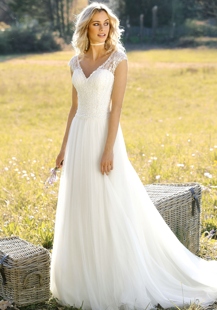 Ladybird Bridal: Timeless Wedding Dresses