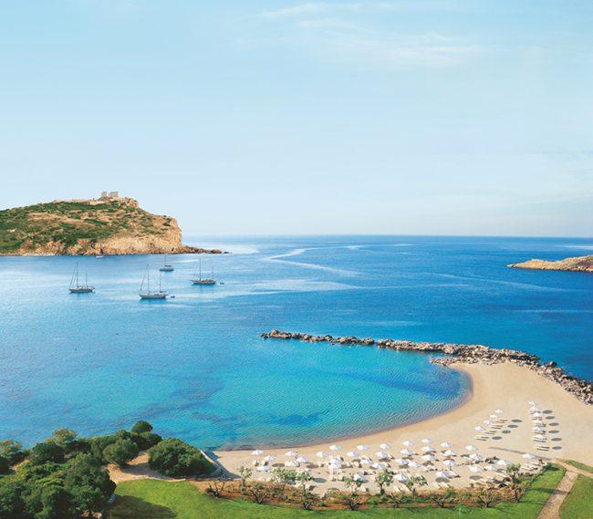 Greek honeymoon - 25 World-Beating Honeymoon Rooms With A View!
