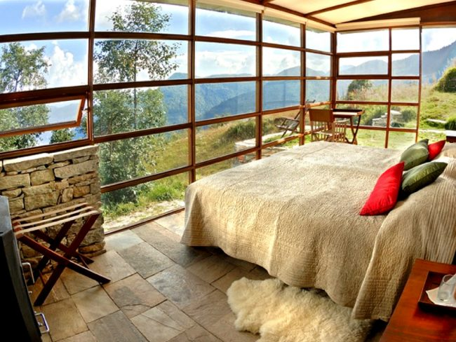 Shaki Leti Himalayas - 25 World-Beating Honeymoon Rooms With A View!