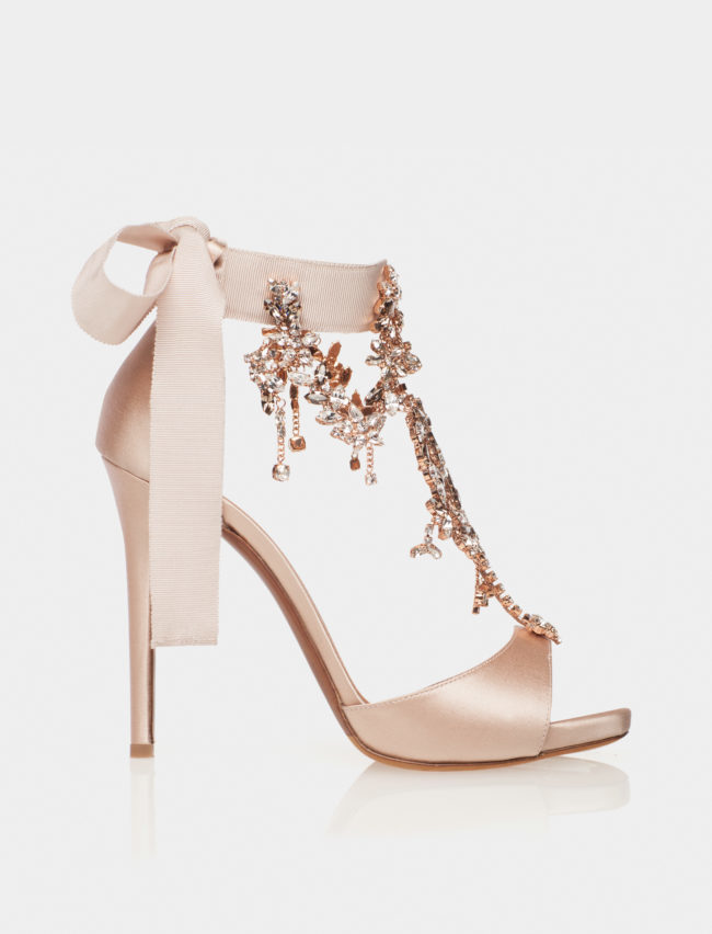 Wedding-shoes-tabitha-simmons-hereshecomes