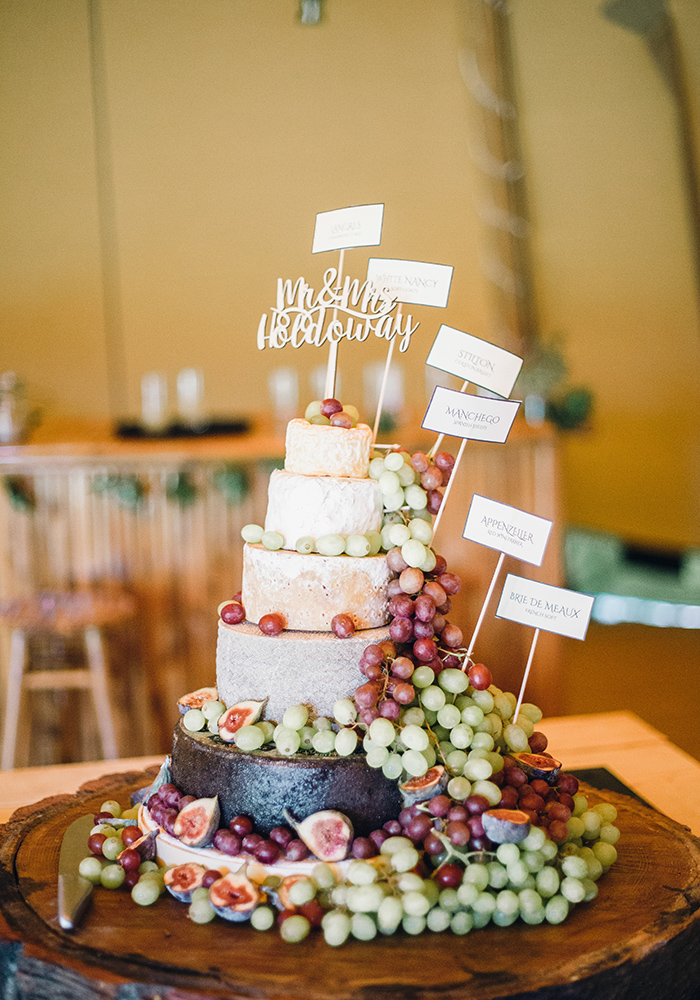 Top Wedding Cake Trends For 2020 According To Instagram Wedding Ideas Magazine