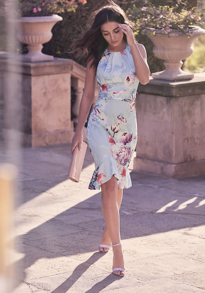 6ba3c014 Best Wedding Guest Dresses and Outfits for 2019 | Wedding Ideas Mag