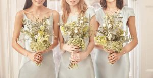 SHOT M4A - BRIDESMAID HOLDING BOUQUET OUTLET_0050_b