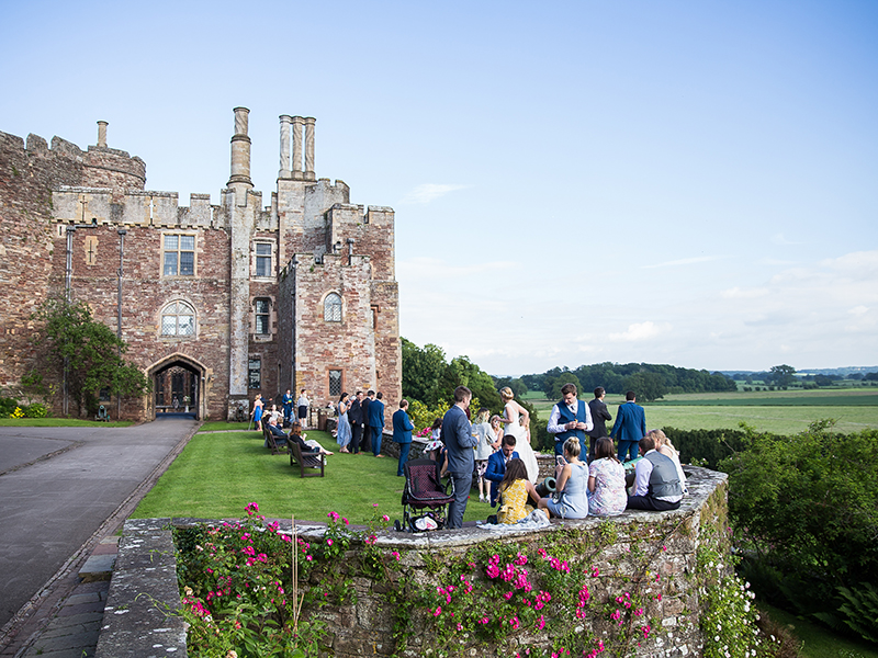 Berkeley Castle formed an elegant and romantic backdrop for Lauren & Adam's castle ceremony, with dreamy decor and flowers just about everywhere...