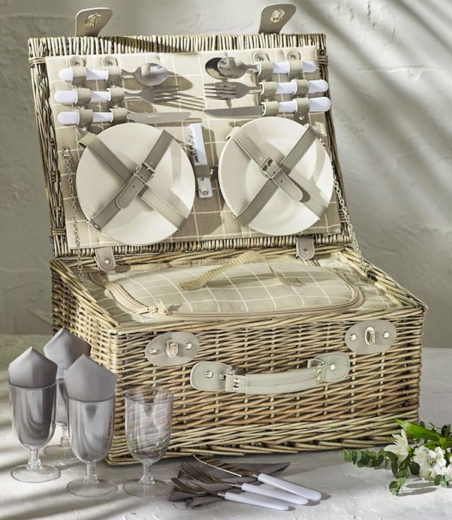 picnic hamper, next.co.uk, Top wedding gifts for food lovers