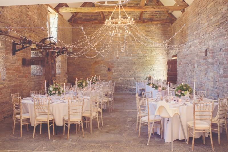 UK-barn-venues-Almonry Barn-jessicaraphaelphotography