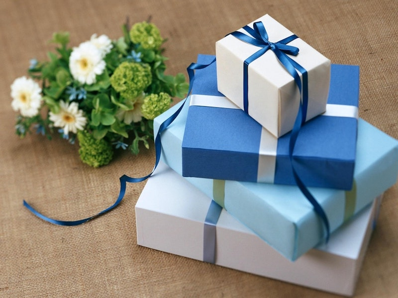 Bride Gifts From The Groom 10 Gift Ideas For Your Wife To Be