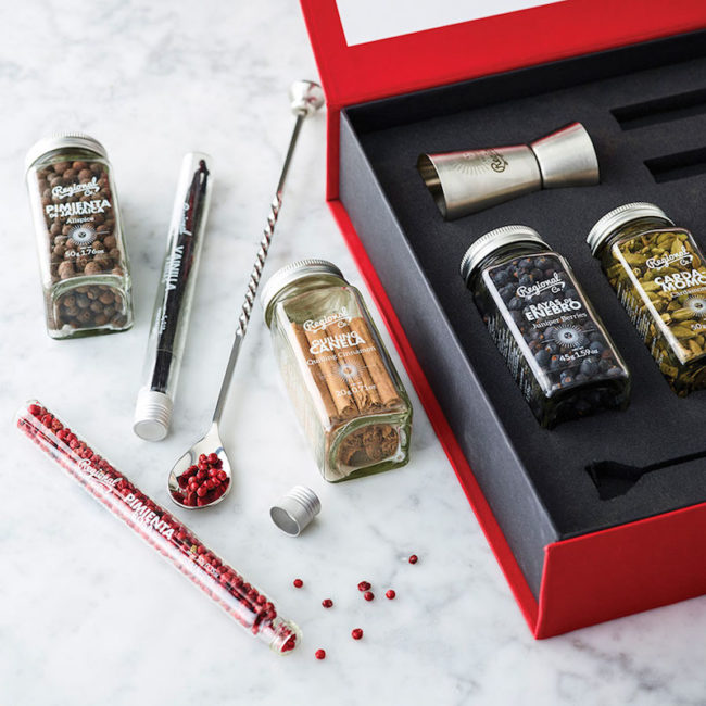Gin and tonic botanicals box, gifts for booze lovers