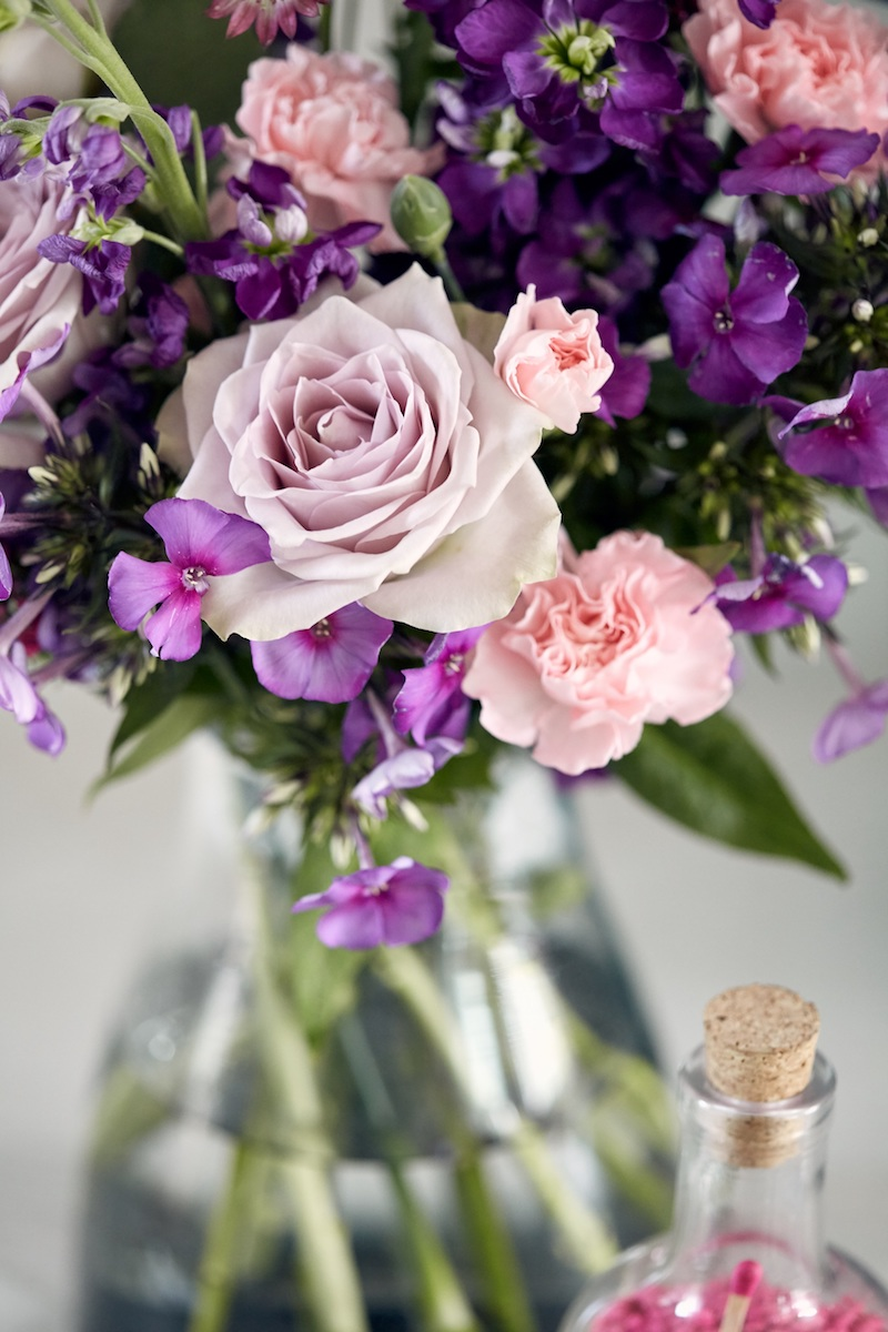 wedding-flowers-ultra-violet-purple-roses