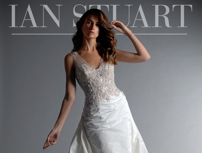 Sri Lanka dress Ian Stuart