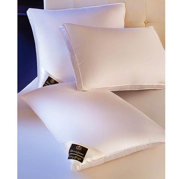 gifts-for-her-pillows