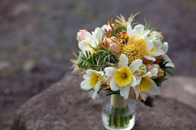 narcissus bouquet Scented weddings- everything you need to know about this 2019 trend