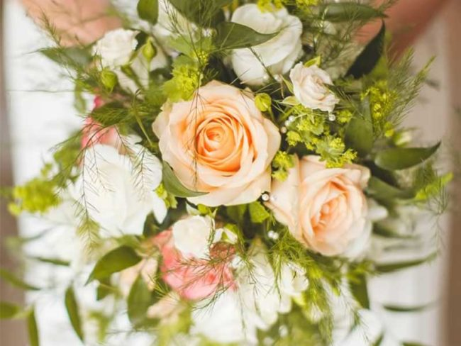 peach white and green bouquet rustic wedding flowers