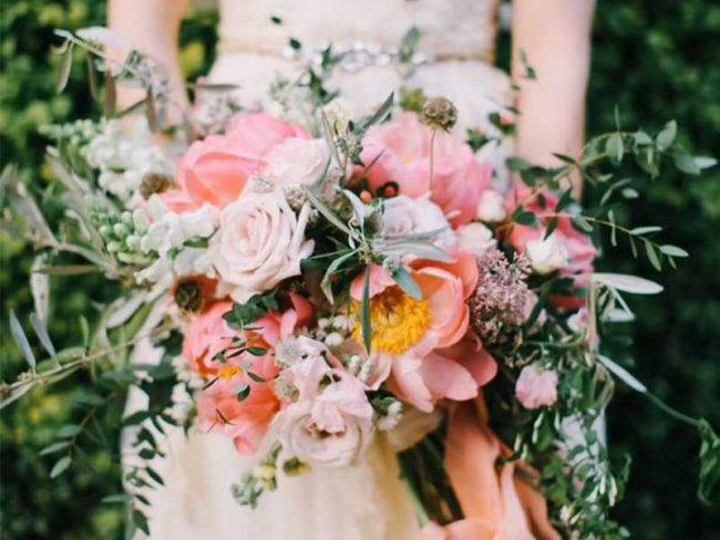 rustic bouquet pink rustic wedding flowers