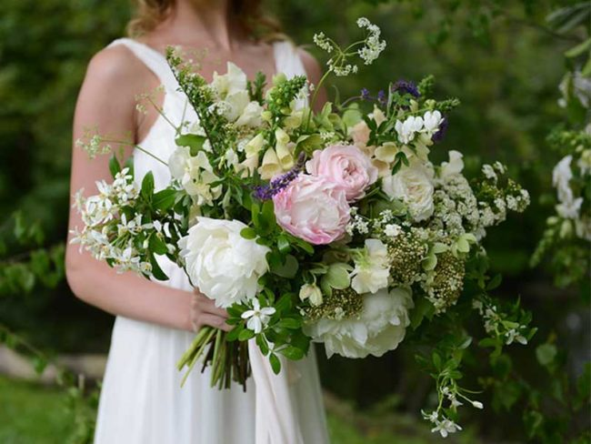 wild flowers white and green rustic wedding flowers