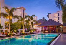 pool at the hard rock Goa family moon