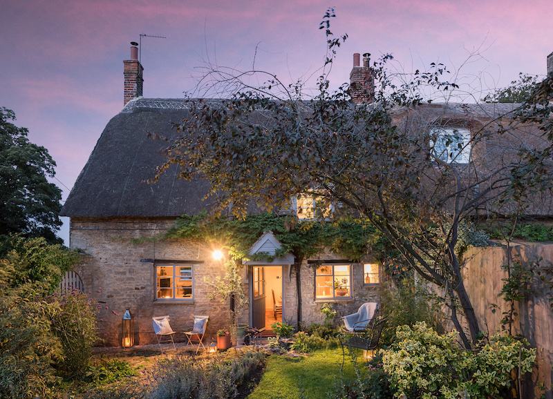 5 Reasons to Visit Greenside Cottage on Your Honeymoon