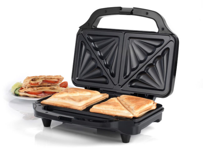 Best-Fathers-Day-Gifts-for-2019-Salter-Sandwich-Toaster-Maker