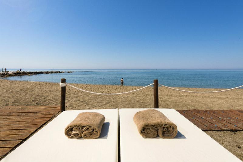 minimoon-marbella-amare-beach-hotel