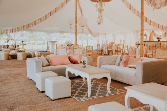 Feminine tones pink-wedding-trends-2020