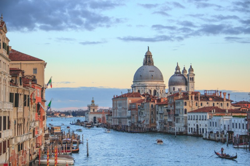 venice-romantic-city-break-destination