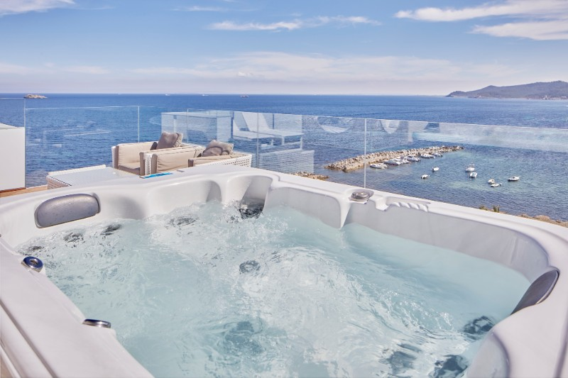 grand-suite-view-ibiza-honeymoon