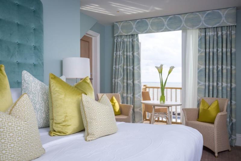 roslin-beach-hotel (1)