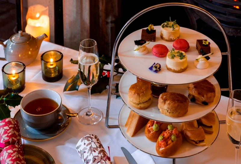 best-afternoon-tea-london-christmas-cadogan-gardens