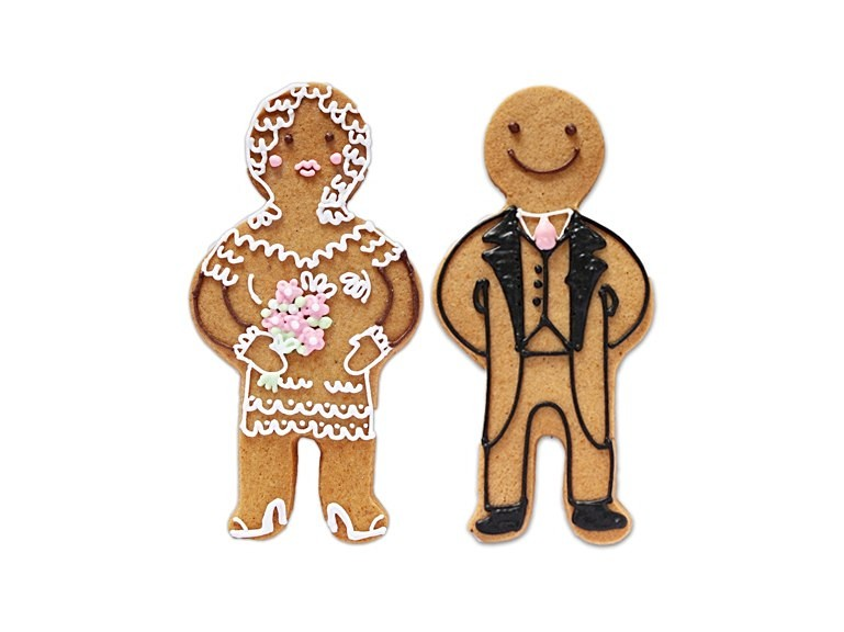 biscuit-wedding-favours-biscuiteers