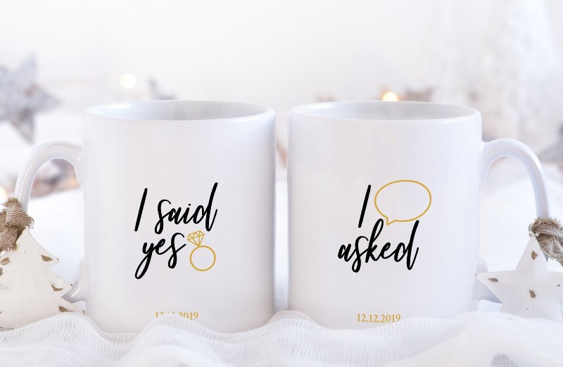 i-said-yes-mugs-christmas-proposal-ideas