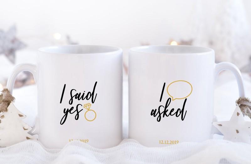 i-said-yes-mugs-christmas-proposal-ideas
