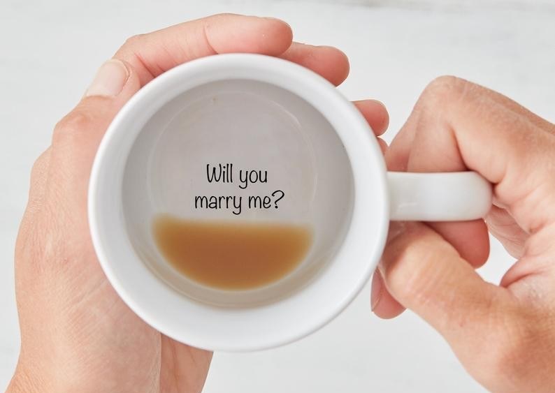 marry-me-mug-christmas-proposal-ideas