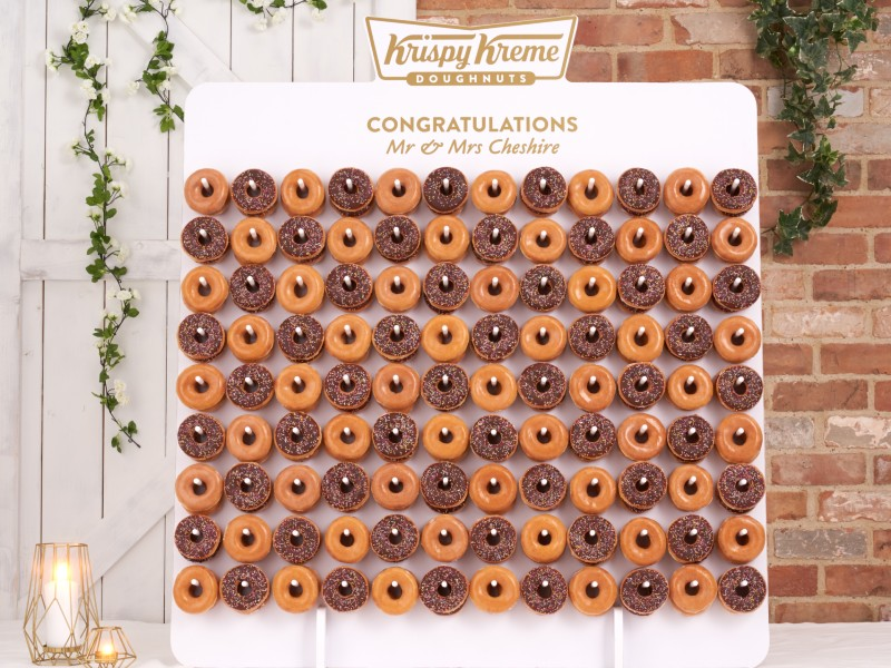 krispy-kreme-wedding-doughnuts-wall