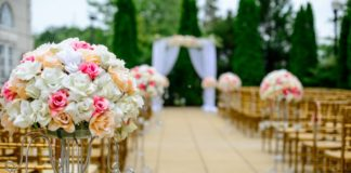 postponing-your-wedding-tips-advice
