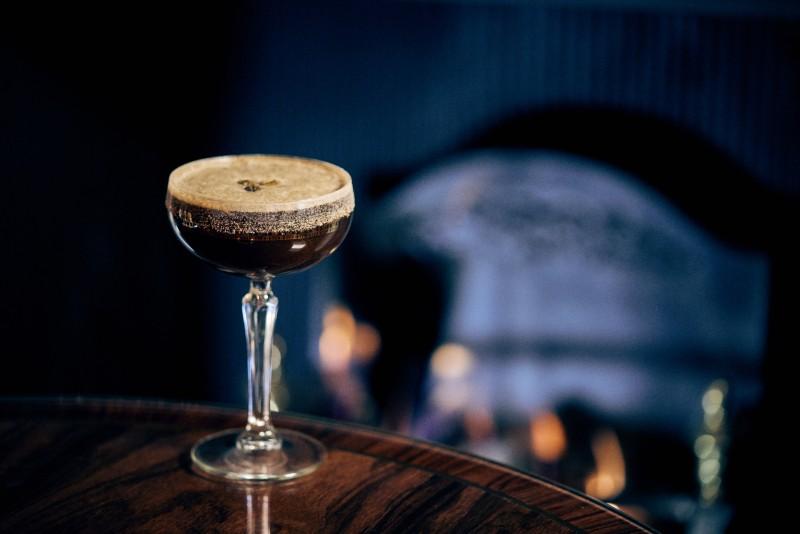 DIY-cocktail-recipes-Espresso_Martini