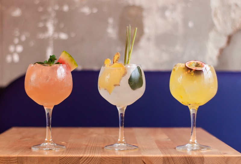 cocktail-classes-online-date-night-ideas