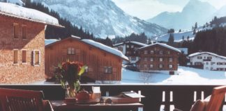 luxury-ski-moon-alps