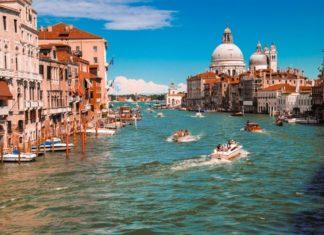Venice virtual proposal destination backdrop